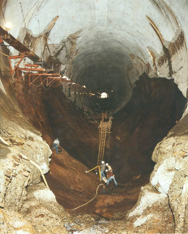 Cavitation at the Glen Canyon dam