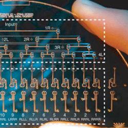 Microfluidics demultiplexer